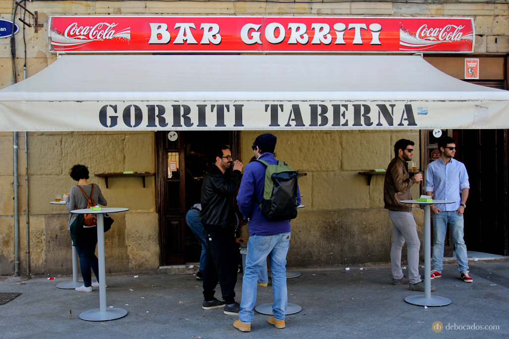 Exterior del bar Gorriti, en la calle San Juan.