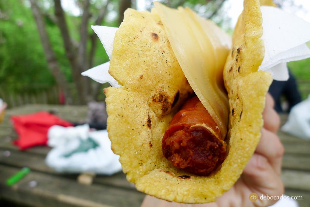 Exquisitos talos  mixtos de chistorra y queso en Feria de Plantas de Colección en Iturraran