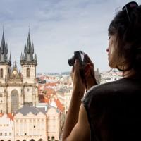 Vistas a la plaza de la Ciudad Vieja desde el Reloj Astronómico de la ciudad de Praga. Una foto preciosa que me hizo Ainara Garcia de http://elmundoatravesdeunvisor.com/