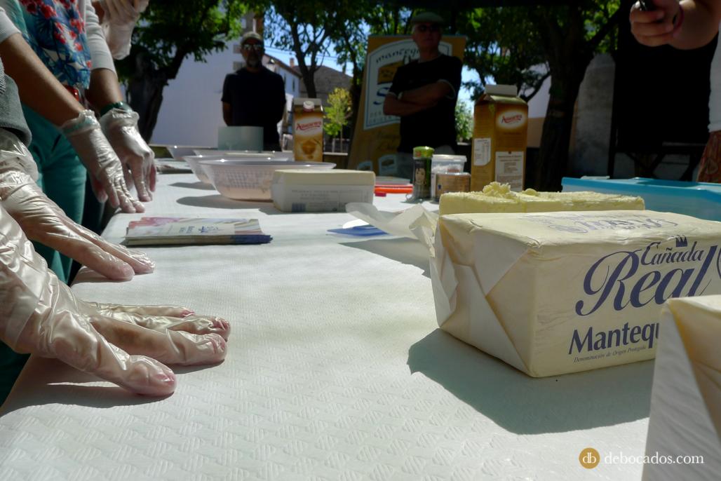 Preparados para empezar con los talleres y recetas con mantequilla de Soria en Valdeavellano de Tera