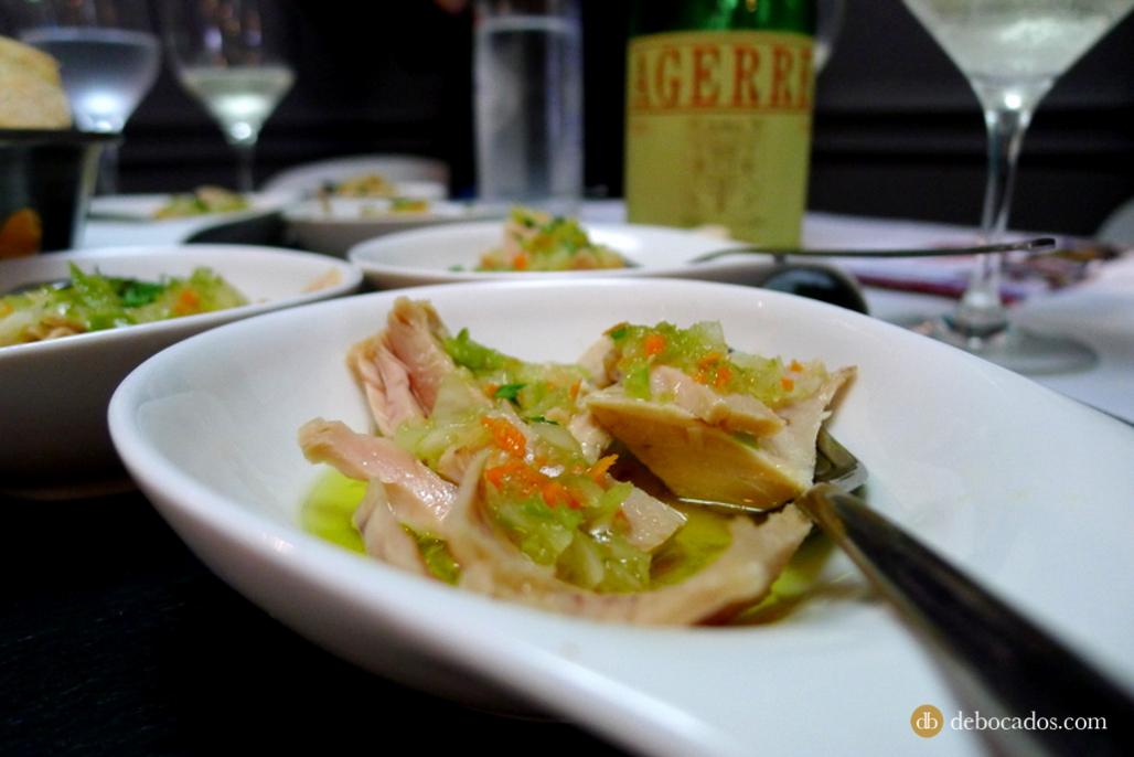 Bonito con vinagreta del Restaurante Sutargi en Ondarroa, comarca de Lea-Artibai