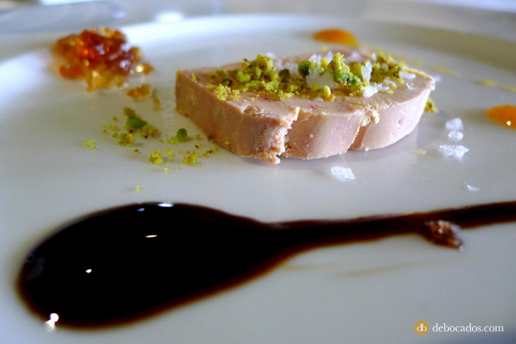Terrine de foie en el restaurante Aspaldiko en Loiu, comarca de Uribe